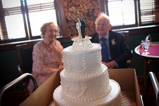 Что подарить на железную свадьбу