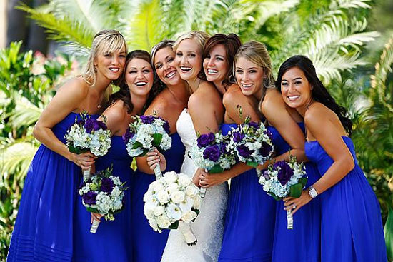 Платья для подружек невесты: стили, фасоны, цвета. Советы и фото