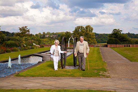 60 лет свадьбы что подарить