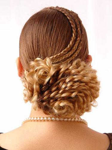 Свадебная прическа с косами фото 11