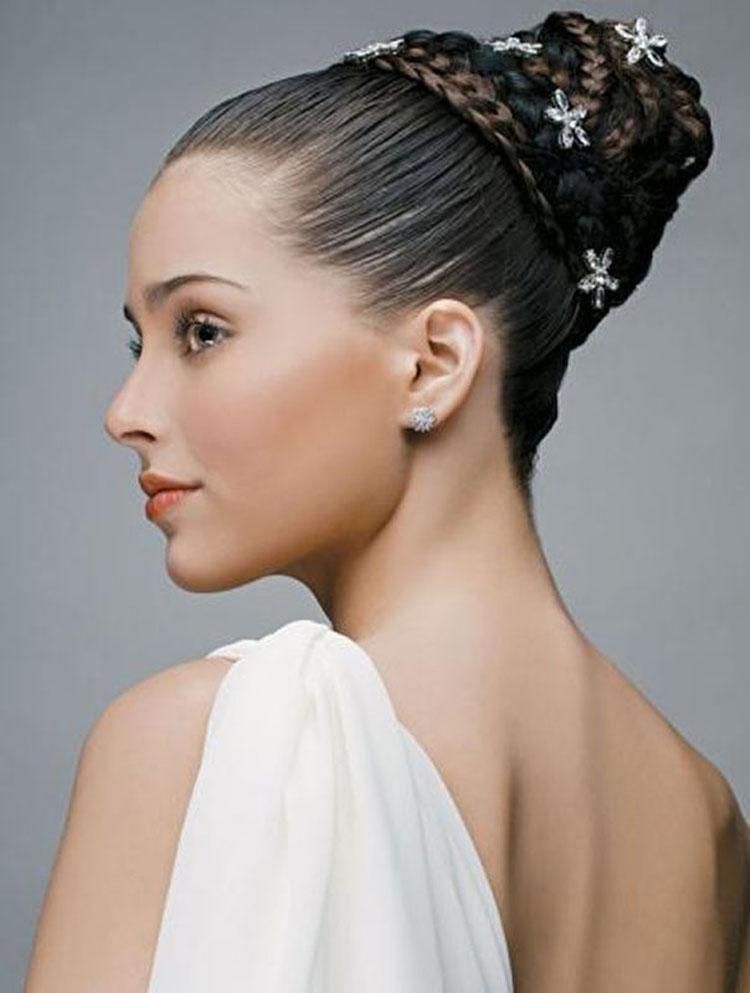 Свадебная прическа с косами фото 7