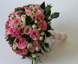 Букет из трех роз своими руками доставки