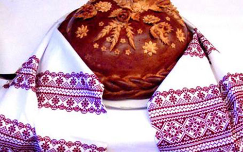 Свадебный торт и каравай фото 1