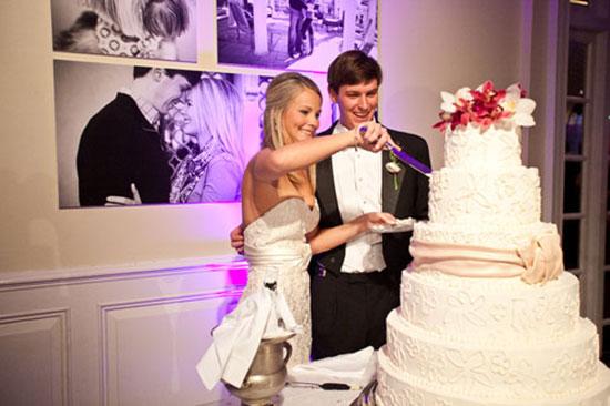Свадебный торт и каравай фото 4