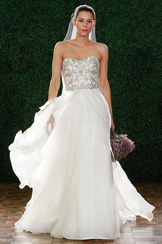 Эта разновидность свадебных платьев всегда занимала особое место в сердцах невест. Наиболее вдохновляющие модели этого сезона были созданыAmsale