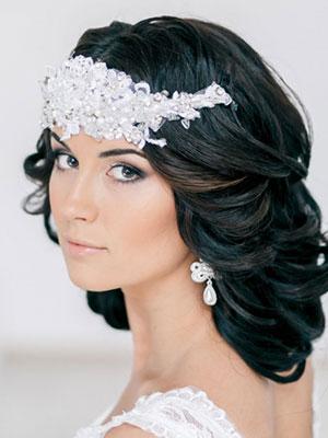 Свадебные прически косы на средние волосы с челкой