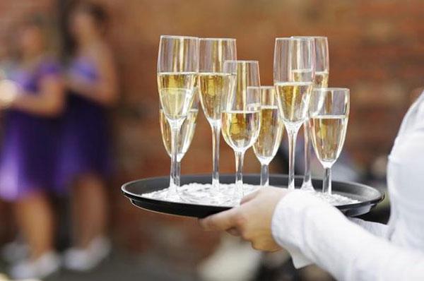 Расчет алкоголя на свадьбу – выбор напитков и их