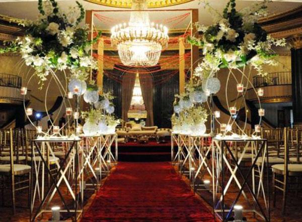 оформление свадьбы цветами фото 1