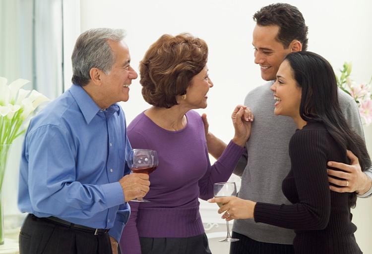 фото: Знакомство с родителями жениха