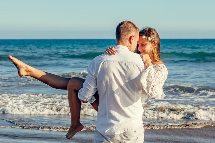 К чему снится видеть свою свадьбу и себя в свадебном платье во сне