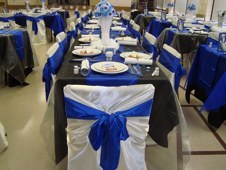 Оформление зала для свадьбы в кобальтовом цвете