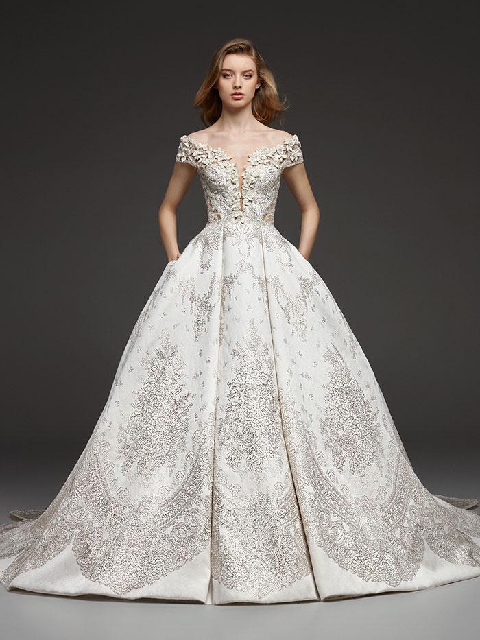 6391a2f8a00 Свадебные платья 2019  модные тенденции и 100+ фото свадебных ...