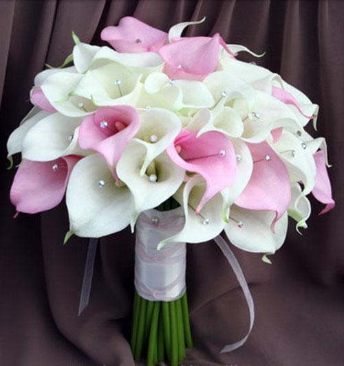 Букет на свадьбу для невесты из лент