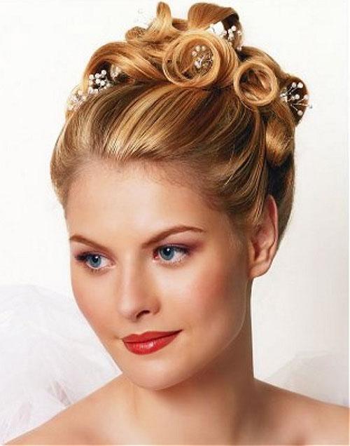 Свадебная прическа на средине волосы