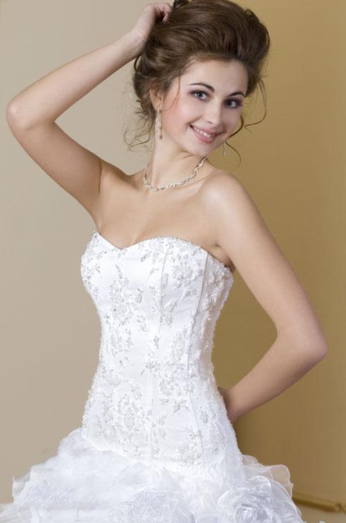 Свадебное платье с корсетом: фото и советы