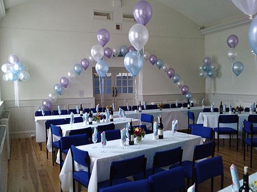 Украшение банкетного зала на свадьбу шарами