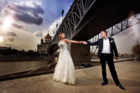 интересные и оригинальные идеи для свадебной фотосесисии фото 16