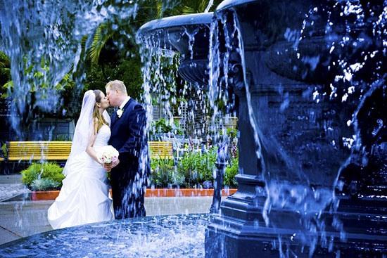 Оригинальные и интересные идеи для свадебной фотосессии фото 8