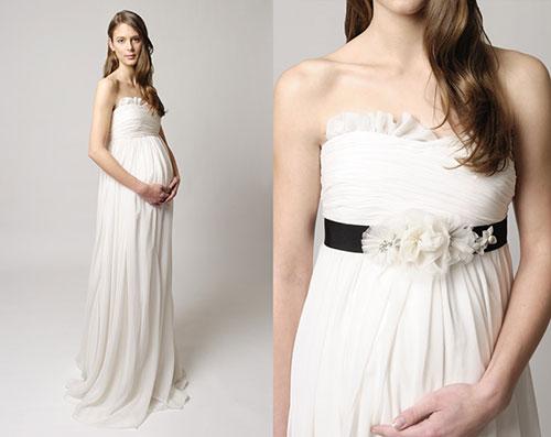 0e1d237eb57c65 Фото: Грецький стиль весільних суконь для вагітних робить наречену  візуально стрункіше і вище.