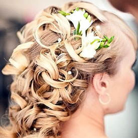 Свадебные прически с цветами фото 6-2