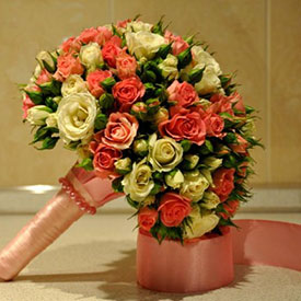 Букет невесты розы кустовые