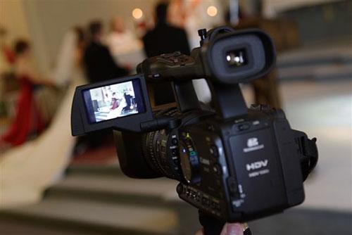 как выбрать видеоператора на свадьбу
