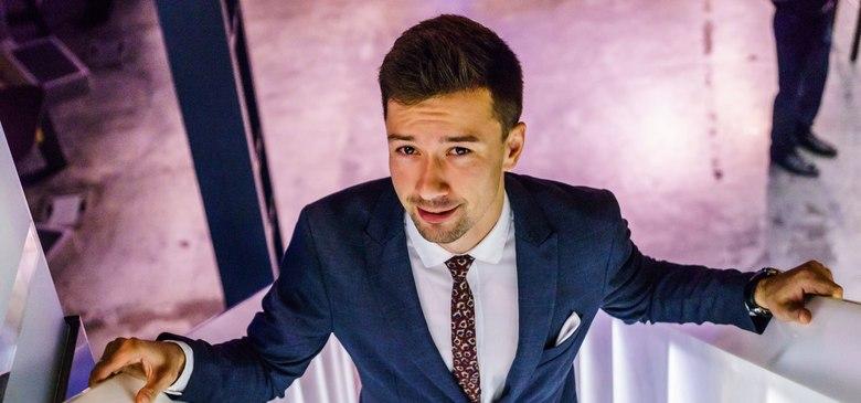 Ян Кальянов – Ведущий в Москве