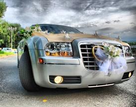 крайслер, как украсить свадебное авто
