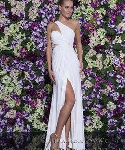 Світла чайка  - весільний стиль та вечірня мода. Колір сукні  Білий   Слонова  кістка. Довжина сукні  Довге Фасон сукні  Вузьке (пряме) Додатково  відкрите 2fc18beb08ccb
