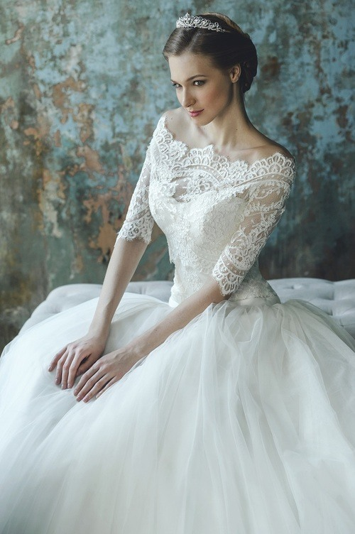 Свадебное платье арт. R-13505 от компании VIP Салон свадебной и