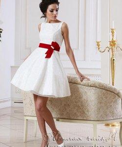 Весільні сукні в стилі ретро в весільних салонах  фото та ціни   cc270aed246b4