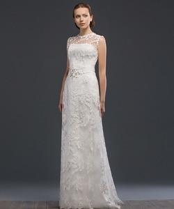 Колір сукні  Білий   Слонова кістка. Довжина сукні  Довге Фасон сукні   Вузьке (пряме) Додатково  закрите 0a39f05247aa4