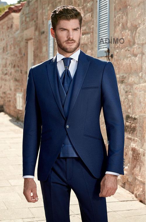Мужской костюм-тройка Adimo в Москве - цена 25600 ₽, классический ... 628c69373db