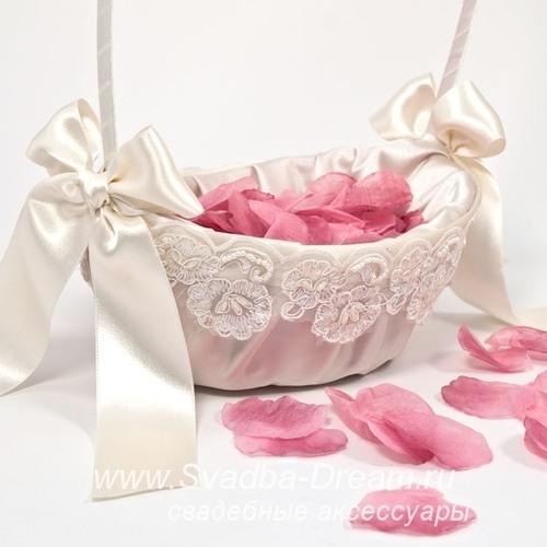 Свадебные корзинки своими руками: секреты идеального украшения 23